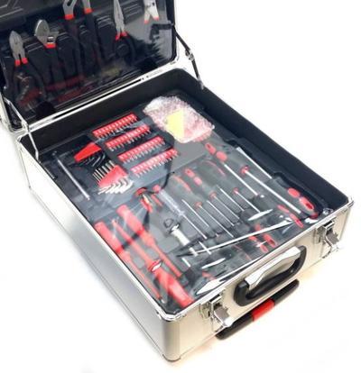 Työkalusarja alumiinilaukussa - Työkalusarja alumiinilaukussa