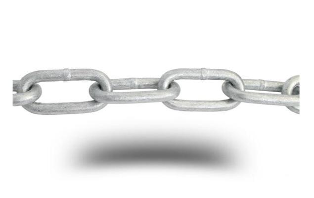 Pitkälenkkinen ketju, kuumasinkitty (DIN 5685) - Pitkälenkkinen galvanoitu ketju 3 x 26 x 6 mm, 30 m/rulla