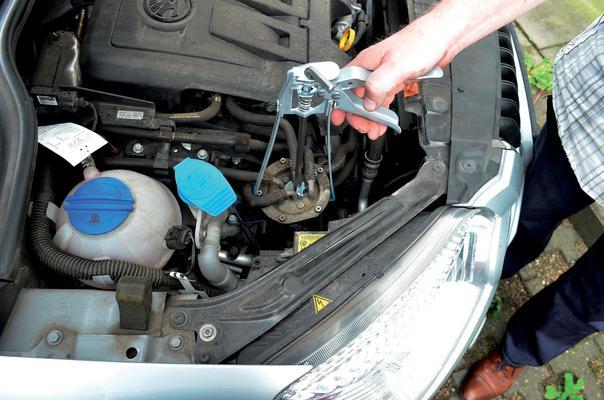 Polttoainesuodattimen asennustyökalu UFI, Laser - Polttoainesuodattimen asennustyökalu UFI, Laser