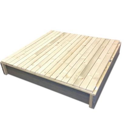 Hiekkalaatikko istuimilla ja kannella, EXIT - Hiekkalaatikko istuimilla ja kannella, EXIT