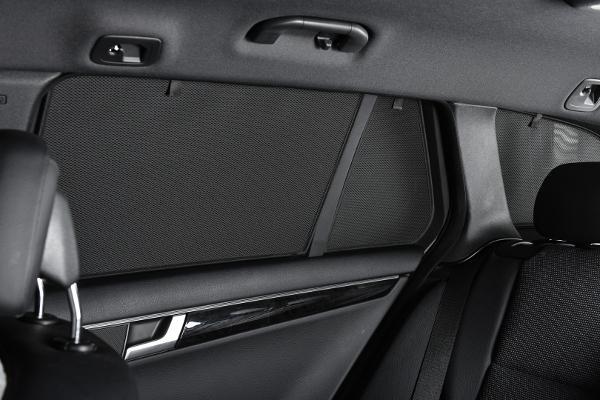 Häikäisysuojasarja Nissan Navara Double Cab, 4-ovinen 2013->