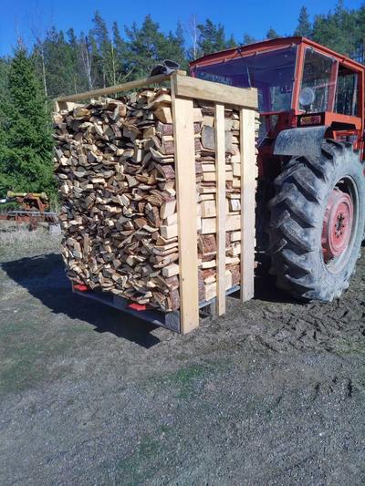 Trukkipiikit traktorin 3-piste nostolaitteeseen - Trukkipiikit traktorin 3-piste nostolaitteeseen