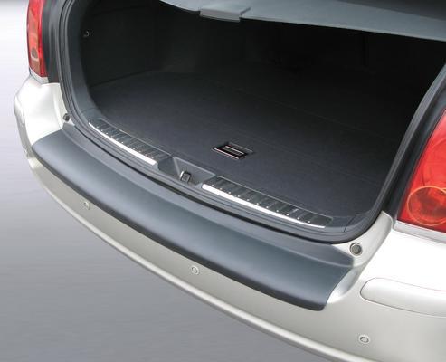 Takapuskurin suoja Toyota Avensis Farmari (2003-2008)