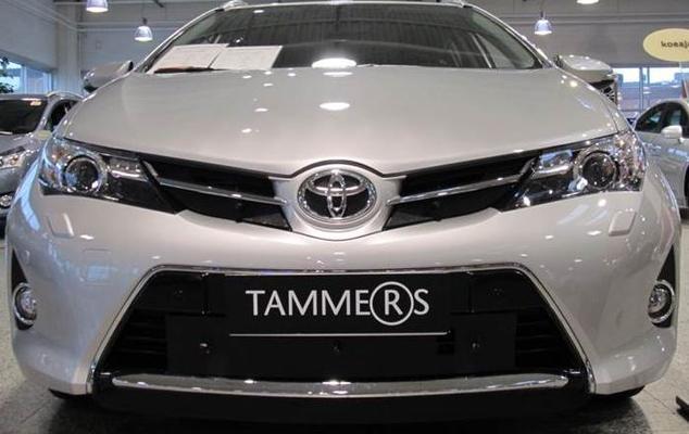 Maskisuoja Toyota Auris (vm.2013-2015), Tammer-Suoja - Maskisuoja Toyota Auris