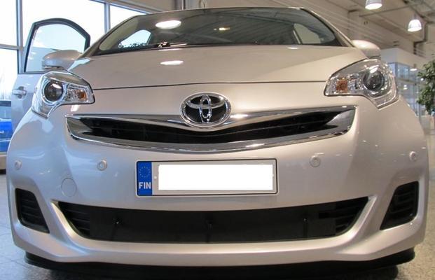 Maskisuoja Toyota Verso S (2014->), Tammer-Suoja - Maskisuoja Toyota Verso S