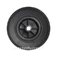 Täyskumipyörä 225x70 muovivanne (09007  20x88 mm)