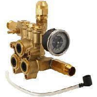 Polttomoottorikäyttöinen painepesuri 160 bar / 5 hv, Thermic 5H, Lavor Pro - Pumpun pääty täydellinen