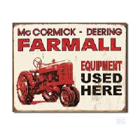 "Kyltti ""Farmall equipment used here"""