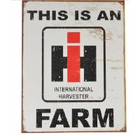 "Kyltti ""This is an International harvester farm"""